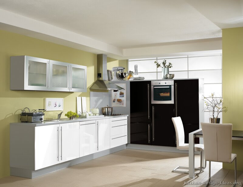 Pictures of Kitchens - Modern - Two-Tone Kitchen Cabinets (Page 8)