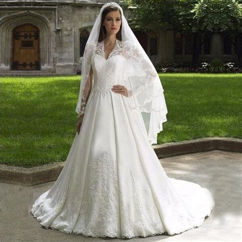 Kate Middleton Wedding Dress   Kate Middleton Dresses