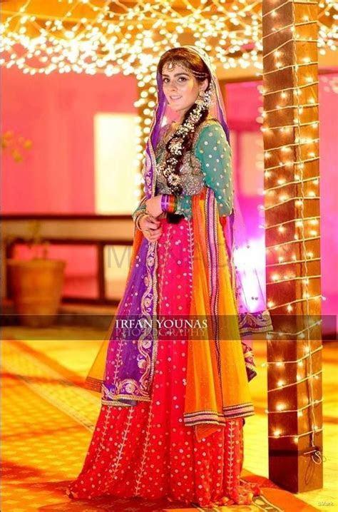 Best 25  Mehndi dress ideas on Pinterest   Mehndi dress