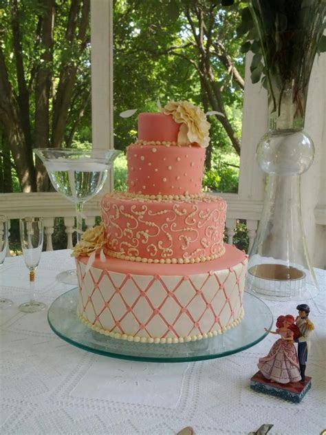 Pin Lattice Wedding Cake Peach Cake on Pinterest