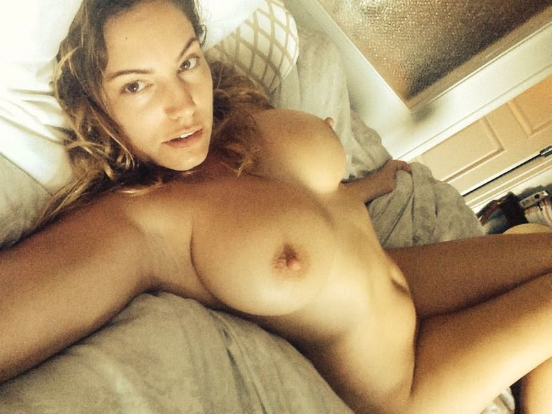 Kelly-Brook-Naked-New-Leaked-Kanoni-1