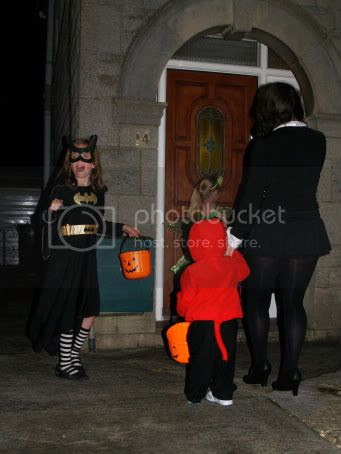 Trick-or-treating2 Halloween 2010