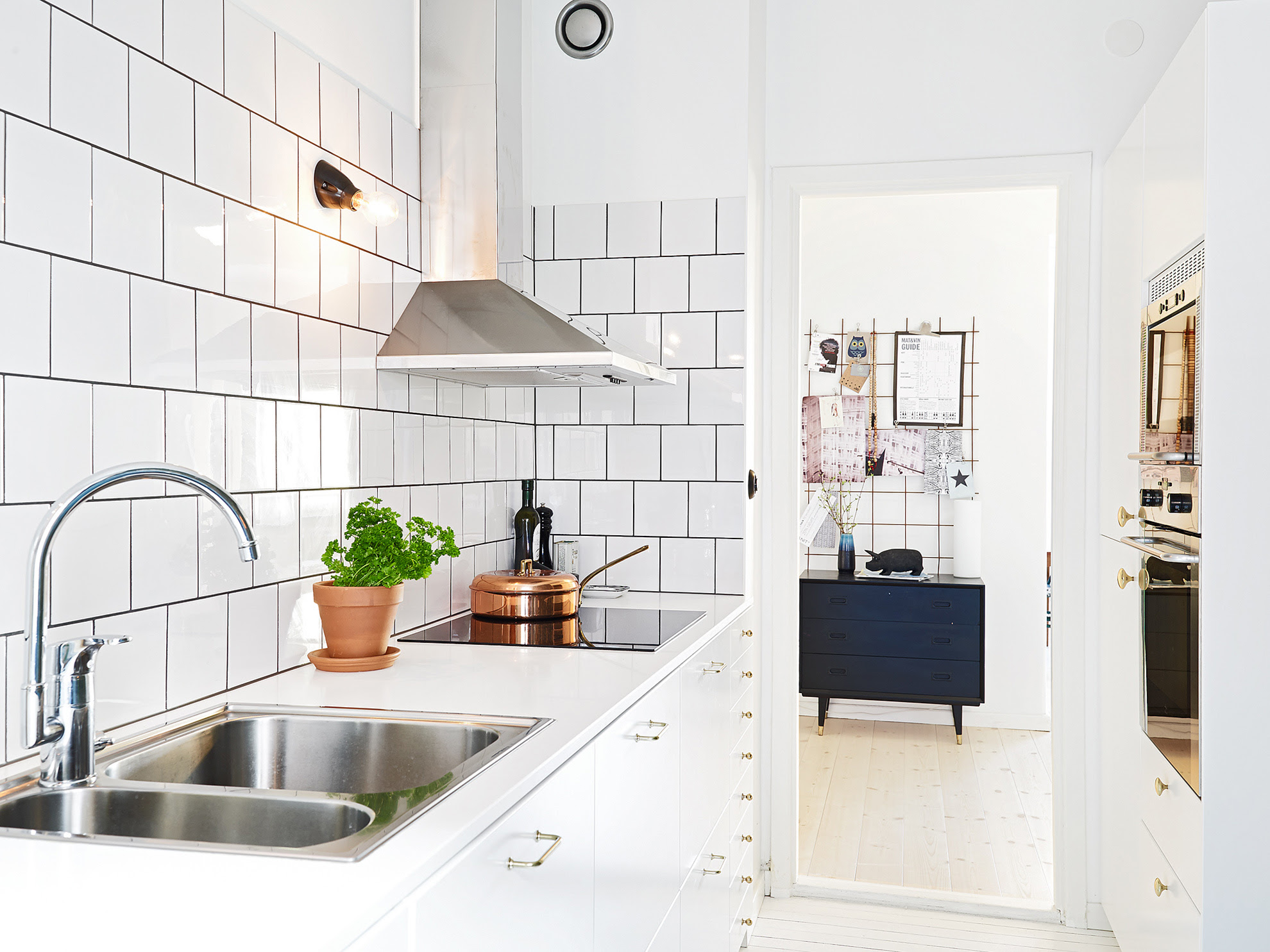 Kitchen Subway Tiles Are Back In Style - 50 Inspiring Designs