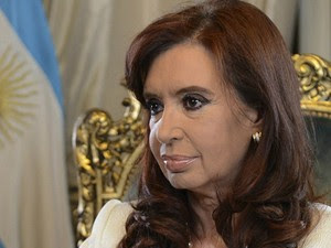 Presidente argentina Cristina Kirchner quer transferir capital de Buenos Aires para Santiago del Estero, no norte do país (Foto: Reuters/BBC)
