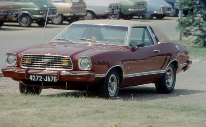 1976 Ford Mustang II Ghia
