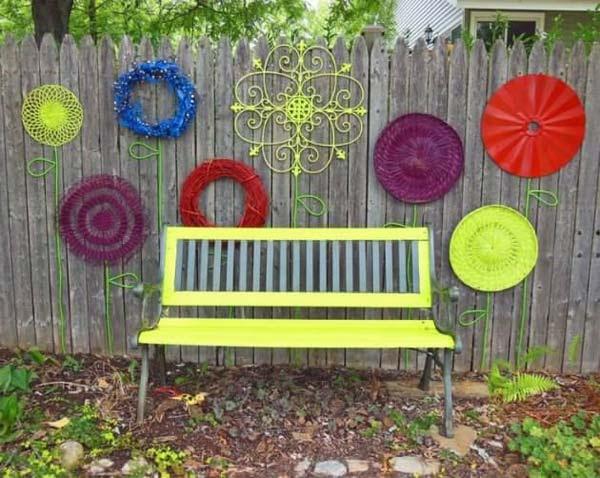 Top 23 Surprising DIY Ideas To Decorate Your Garden Fence ...