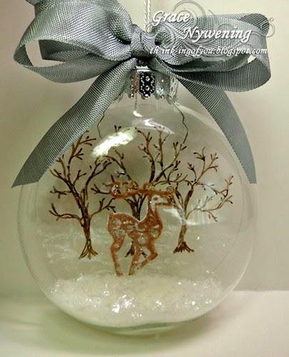 LOC-Dancing-Reindeer-glass-