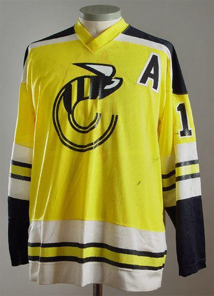 Cincinnati Stingers 1977-78 jersey photo Cincinnati Stingers 1977-78 FB jersey.jpg