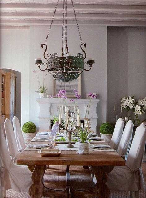 Romantic Rustic Dining Room6