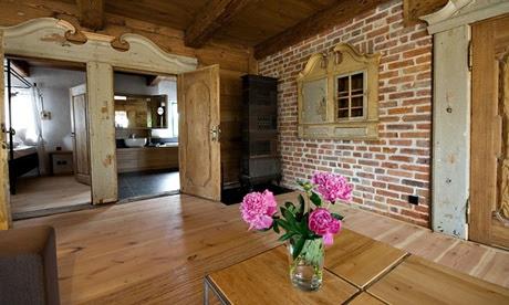 Salvinia Lodge, Poland