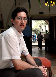 http://graphics8.nytimes.com/images/2011/09/06/world/06leaks/06leaks-articleInline.jpg