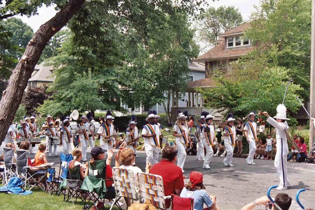 Photo of July 4 parade fabulous band