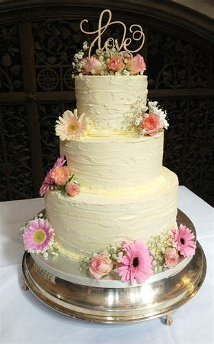 Quality,Bespoke and Affordable.   Butter cream cakes