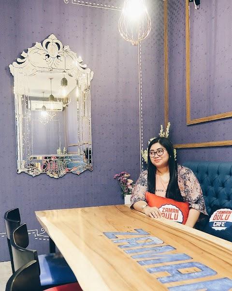 Zaman Dulu Cafe, Surabaya