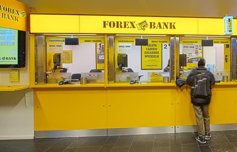 The Banks Control The Forex Market - Stacey Burke Trading