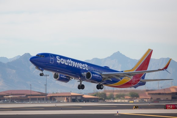 Lucky Offers Ads((Via-News)) Southwest Airlines grounds two Boeing planes with cracked critical part