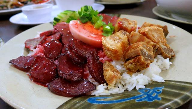 BBQ pork over rice, Hoy Ka