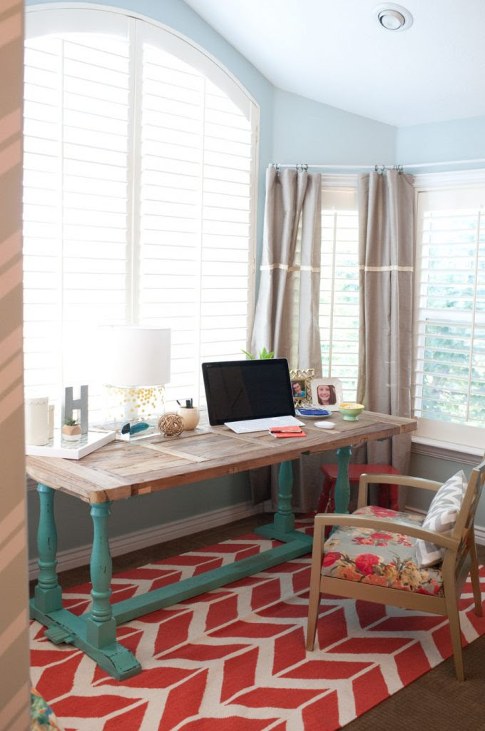 TRY THIS: Make a Small Space Office - Four Generations One
