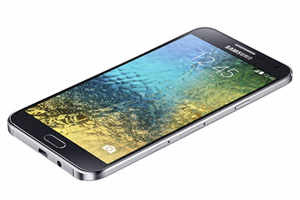 Samsung Galaxy E7 — Rs 19,000 (approximately)