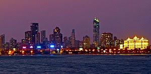 English: Skyline of Mumbai from across Back Bay.