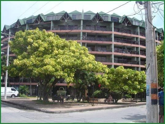 Portobelo Boulevard Reviews