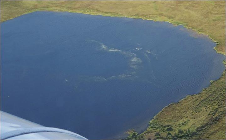 Lake with degassation