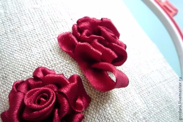 Rose flower.  ribbon embroidery (32) (583x388, 191Kb)