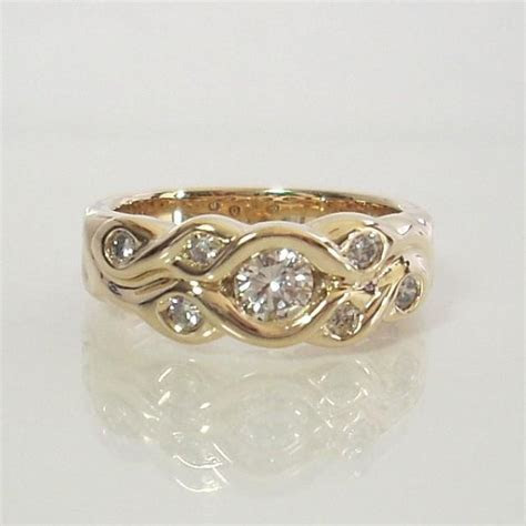 Modern Diamond Engagement Ring 14k Yellow Gold Size 7