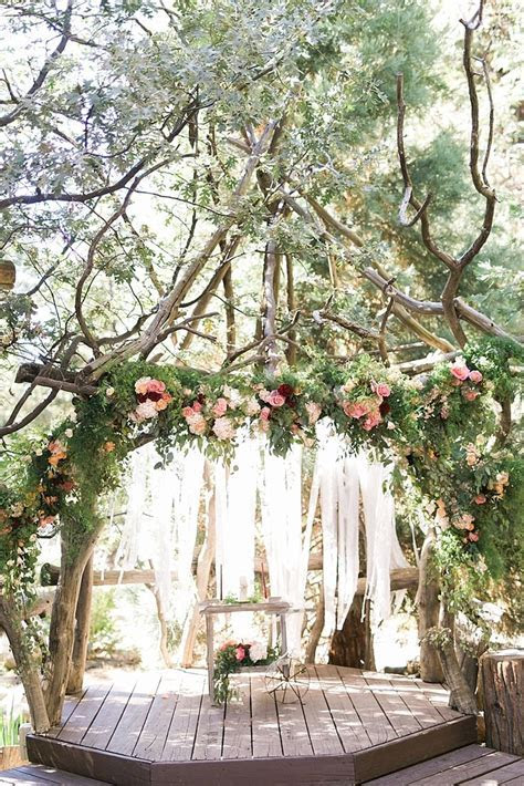 17 Best ideas about Lake Wedding Decorations on Pinterest