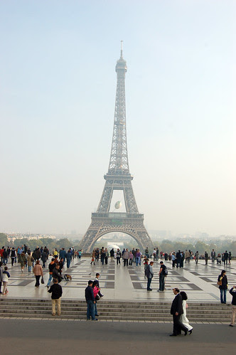 EiffelTowerfromTrac2