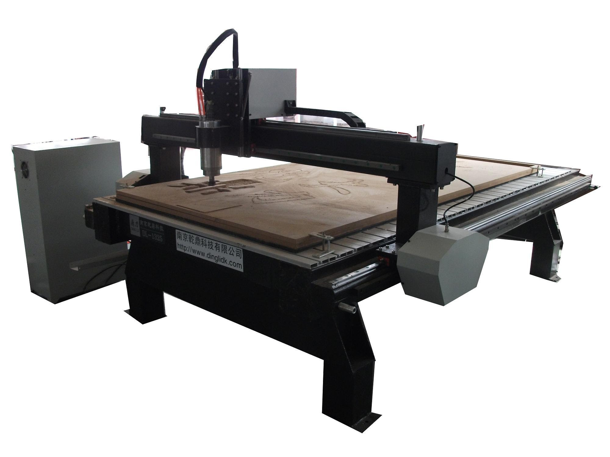 CNC-Woodworking-Machinery-DL-1325-.jpg