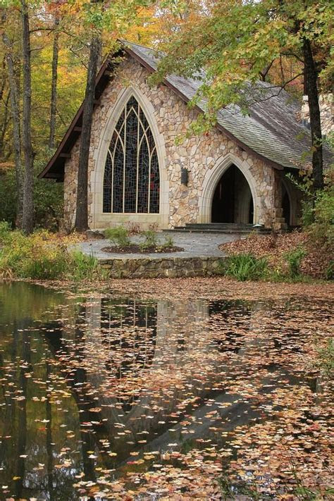This is a picture of the Callaway Chapel during the Fall