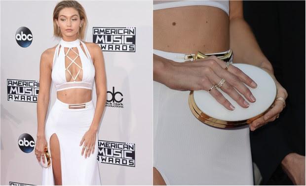 A supermodelo Gigi Hadid também é adepta da mão cheia de anéis (Foto: Reprodução do Instagram)