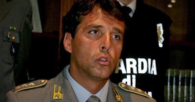 """Bufera gdf, """"30 mila euro al mese"""" e gite in barca per """"pilotare"""" le verifiche fiscali"""