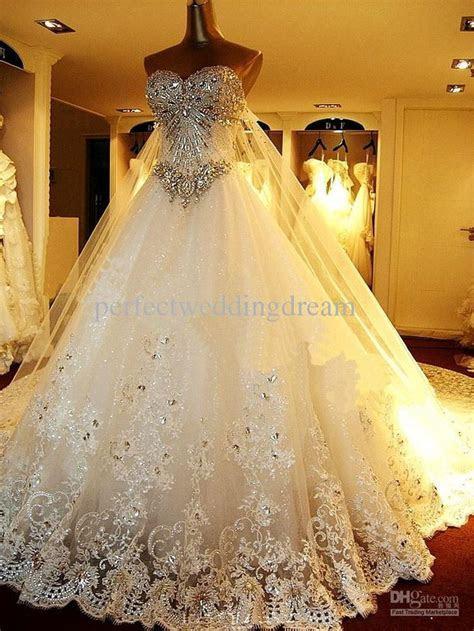 1000  ideas about Hijab Wedding Dresses on Pinterest