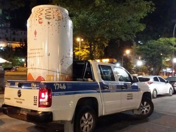 Banheiros químicos irregularidades foram apreendidos pela Secretaria de Ordem Pública do Rio (Foto: Divulgação / Seop)