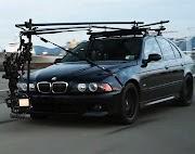BMW E39 M5 Camera Car ini Tugasnya Mengejar Supercar! oleh - bmwi8.xyz