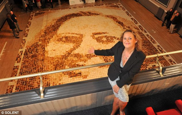 Huge toast mosaic portrait is new Guinness world record
