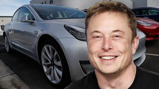 Elon Musk says Tesla 'very close to self-driving cars
