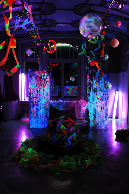 Blacklight Installation in Kulturvilla Horgen