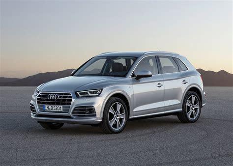 All new Audi Q5 shown in Paris Cars.co.za