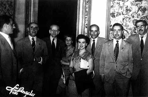 Perucho en Congreso de poesía de Salamanca 1953