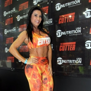 Scheila Carvalho responde cutucada de Joelma