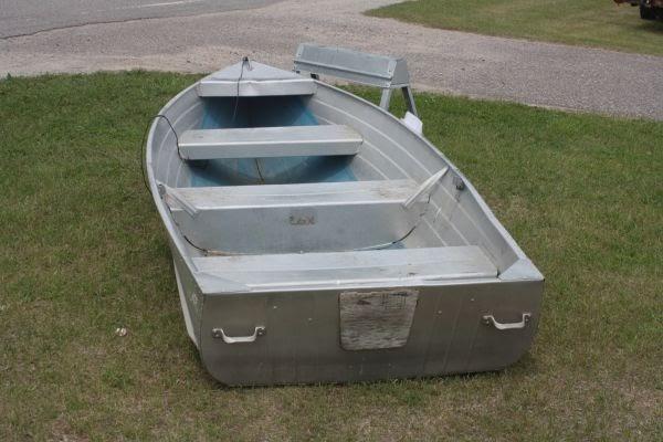 aluminum row boat craigslist. Black Bedroom Furniture Sets. Home Design Ideas