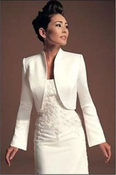 25  best ideas about Wedding Jacket on Pinterest   Wedding