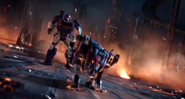 Ravage charges away from Soundwave in this screenshot from BUMBLEBEE.