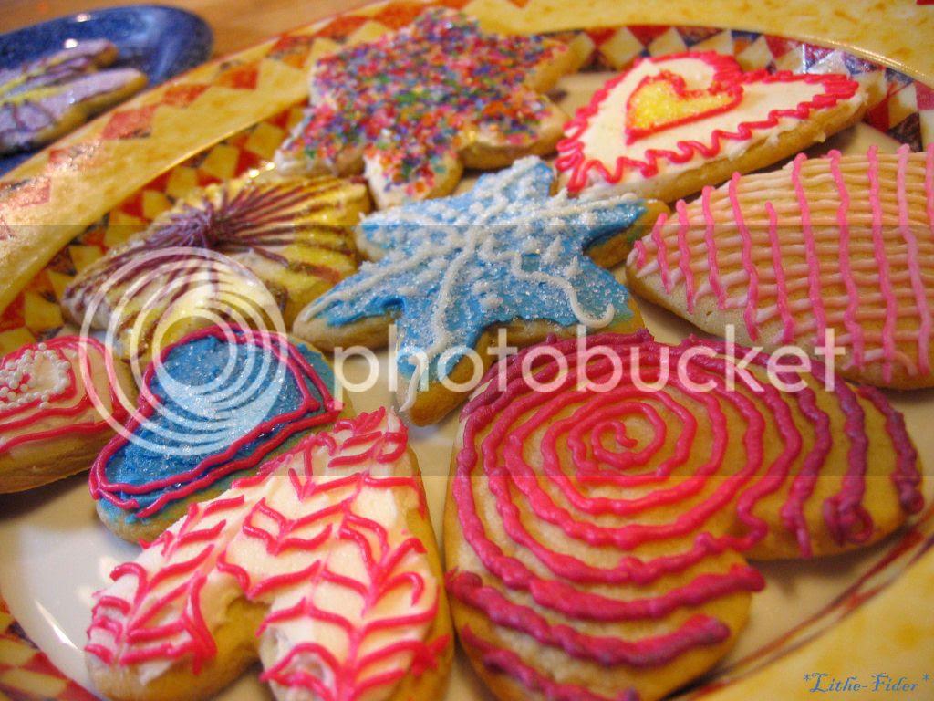 biscottini, decorazioni con coloranti per cibo, biscotti natale, xmas cookies, dolci natale