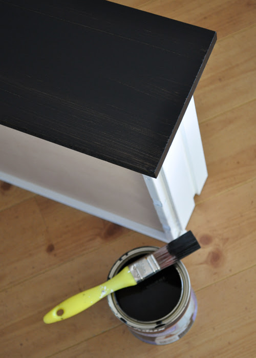 Painting the Drawer Fronts
