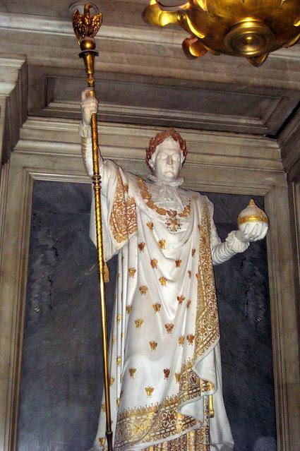 Paris: Hôtel des Invalides - Dôme Church - Tombeau de Napoléon - Napoléon in Coronation Robes