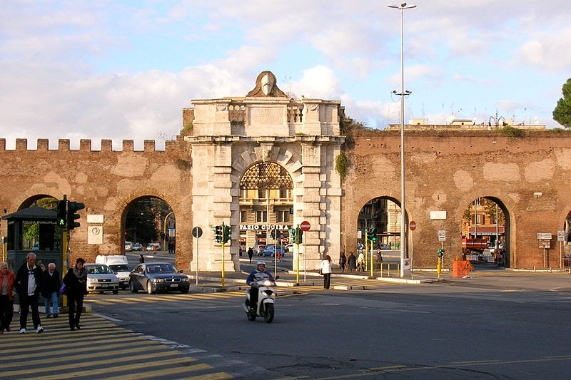 File:Porta San Giovanni Roma 2.JPG